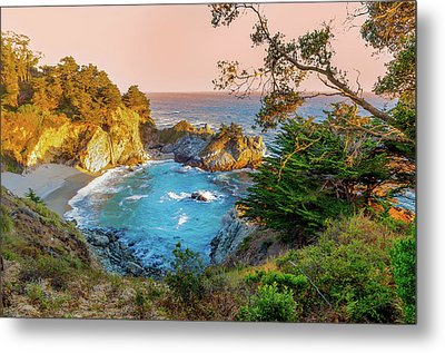 Metal Print featuring the photograph Julia Pfeiffer Burns State Park Mcway Falls by Scott McGuire