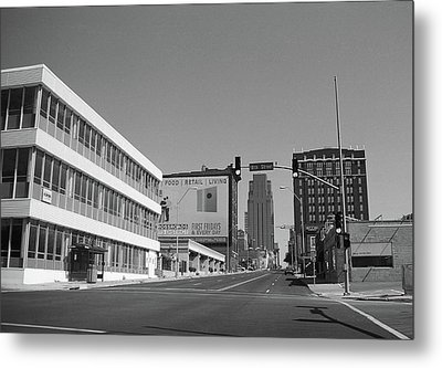 Metal Print featuring the photograph Kansas City - 18th Street Bw by Frank Romeo