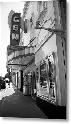 Metal Print featuring the photograph Kansas City - Gem Theater 2 Bw  by Frank Romeo