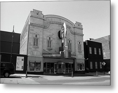 Metal Print featuring the photograph Kansas City - Gem Theater Bw by Frank Romeo