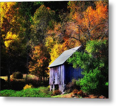 Kent Hollow II - New England Rustic Barn Metal Print by Thomas Schoeller