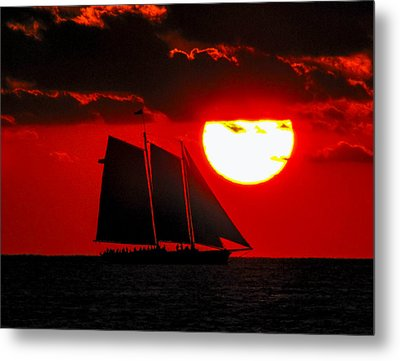 Key West Sunset Sail Silhouette Metal Print
