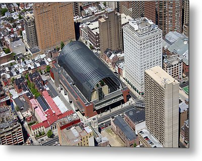 Kimmel Center For The Preforming Arts Metal Print by Duncan Pearson