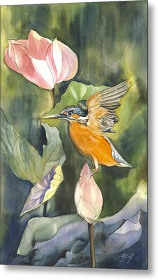 Kingfisher With Lotus Metal Print by Alfred Ng