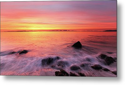 Metal Print featuring the photograph Kintyre Rocky Sunset 3 by Grant Glendinning