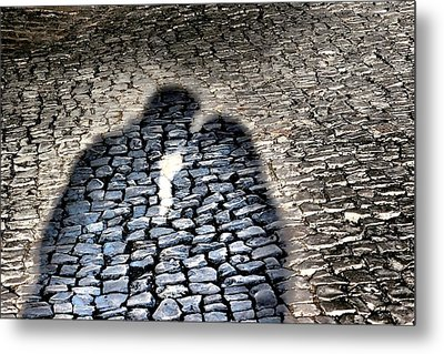 Kiss Me On The Cobblestone Metal Print