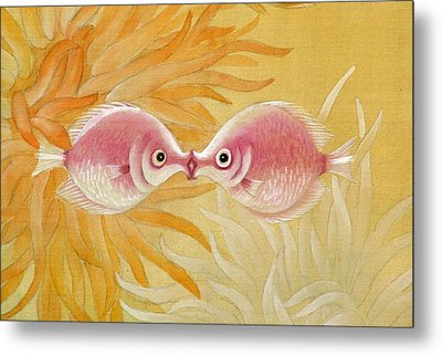 Kissing Fishes Metal Print by Ying Wong