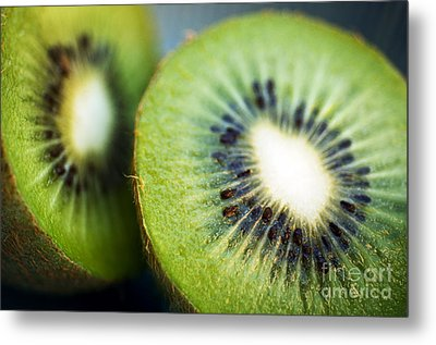 Kiwi Fruit Halves Metal Print