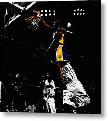 Kobe Bryant On Top Of Dwight Howard Metal Print