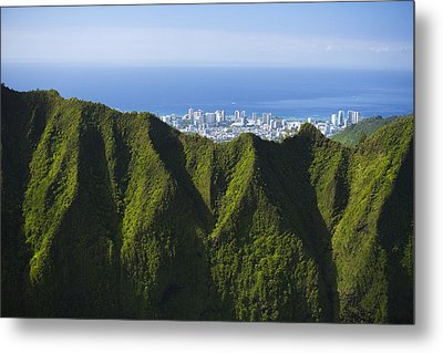 Koolau Mountains And Honolulu Metal Print by Dana Edmunds - Printscapes