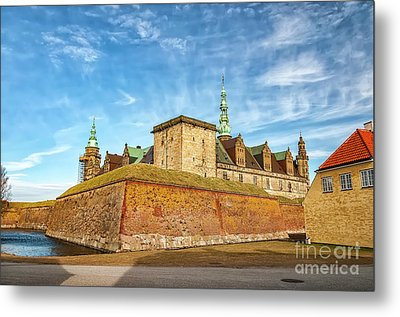 Metal Print featuring the photograph Kronborgsslott In Helsingor by Antony McAulay