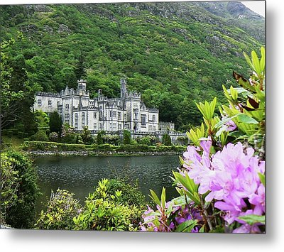 Kylemore Abbey Co Galway Metal Print by Martina Fagan
