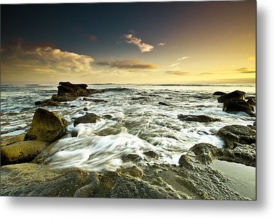 La Mer Metal Print by Ryan Weddle