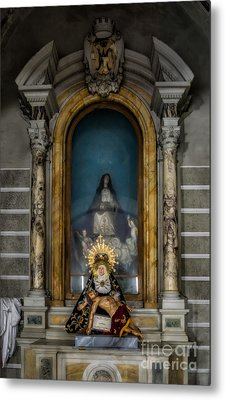 La Pieta Statue Metal Print