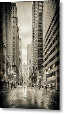 Lasalle Street Canyon With Chicago Board Of Trade Building At The South Side - Chicago Illinois Metal Print