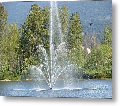 Metal Print featuring the painting Lafarge Lake Fountain by Rod Jellison