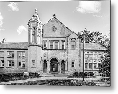 Lake Forest College Reid Hall Metal Print by University Icons