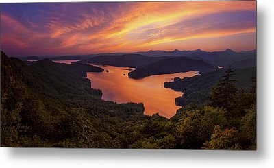 Lake Jocassee Metal Print by Taylor Franta