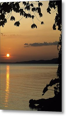 Lake Lago And Sunset Metal Print by Don Kreuter