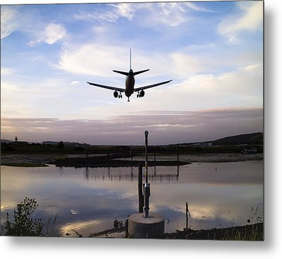 Landing In George Best Metal Print