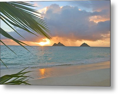 Lanikai Sunrise Metal Print by Tomas del Amo - Printscapes