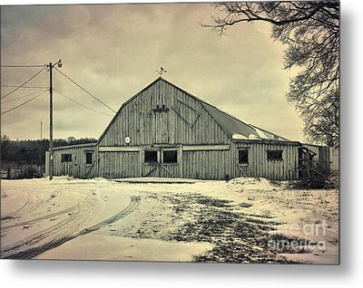 Larsen Road Barn Metal Print by Joel Witmeyer