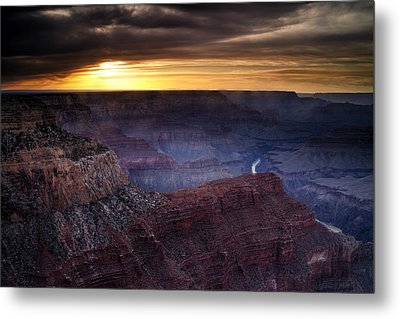 Last Light At The Canyon Metal Print by Andrew Soundarajan