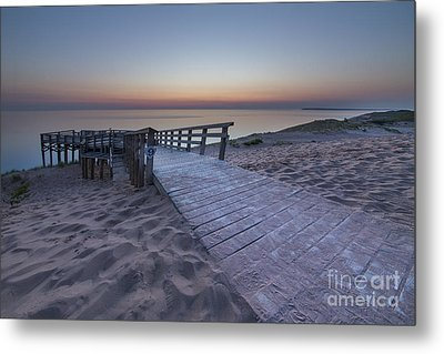 Last Light Over The Dunes Metal Print by Twenty Two North Photography