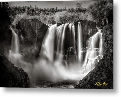 Late Afternoon At The High Falls Metal Print by Rikk Flohr