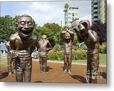Laughing Men Sculptures Vancouver Canada Metal Print by John  Mitchell