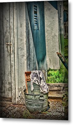Laundry Day The Old Fashion Way Metal Print