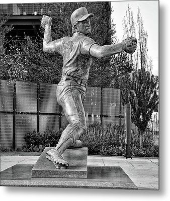 Lefty - Phillie Steve Carlton In Black And White Metal Print