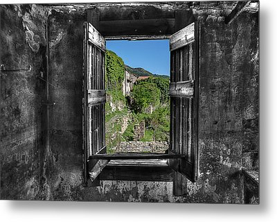 Let's Open The Windows - Apriamo Le Finestre Metal Print
