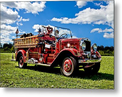 Lewiston Fire Truck Metal Print by Gary Smith