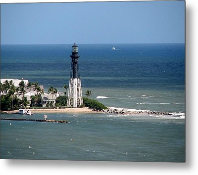 Lighthouse At Hillsboro Beach, Florida Metal Print