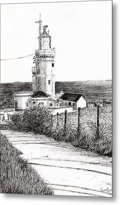 Lighthouse Isle Of Wight Metal Print by Vincent Alexander Booth