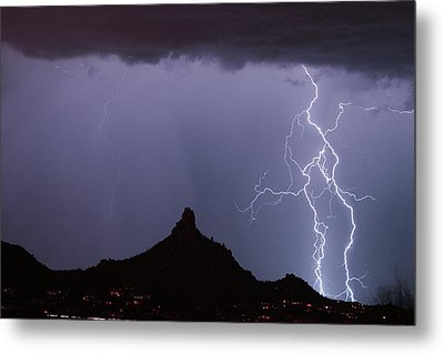 Lightnin At Pinnacle Peak Scottsdale Arizona Metal Print