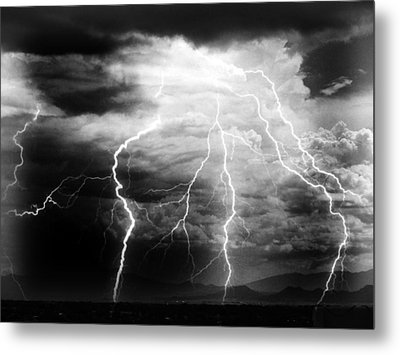 Metal Print featuring the photograph Lightning Storm Over The Plains by Joseph Frank Baraba