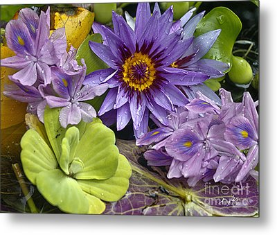 Lilies No. 38 Metal Print by Anne Klar