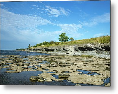 Metal Print featuring the photograph Limestone Coast Patterns by Kennerth and Birgitta Kullman