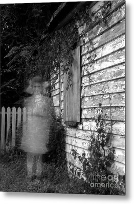 Little Girl Ghost Metal Print by Melissa Wyatt