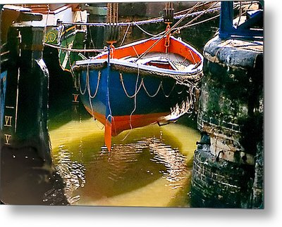 London Boat Metal Print