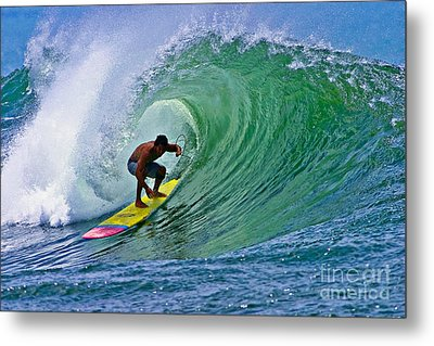 Longboarder In The Tube Metal Print