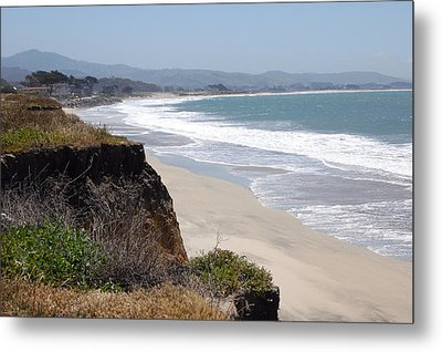 Looking Back At Half Moon Bay From The North Metal Print by Carolyn Donnell