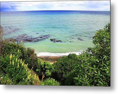 Metal Print featuring the photograph Looking Down To The Beach by Nareeta Martin
