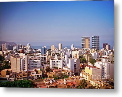 Metal Print featuring the photograph Looking Towards The Sea - Miraflores by Mary Machare
