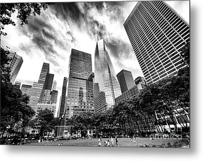 Looking Up In Bryant Park Metal Print by John Rizzuto