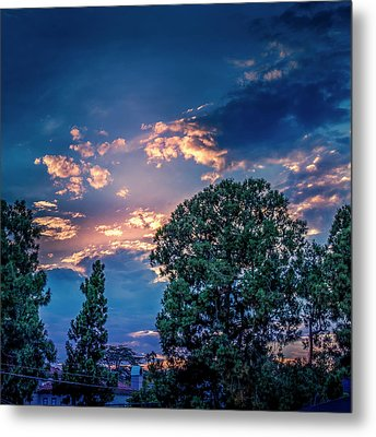 Looking West At Sunset Metal Print