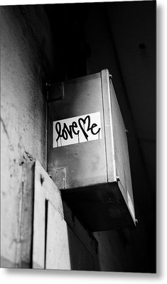 Love Me Metal Print by Dean Harte