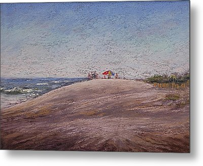 Low Tide At The Beach Metal Print by Deb Spinella